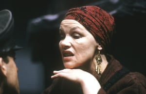 Glenda Jackson was Mother Courage in a production at the Citizens theatre in Glasgow that transferred to the Mermaid in London in 1990.