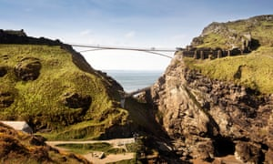 A visualisation of the proposed footbridge at Tintagel Castle.