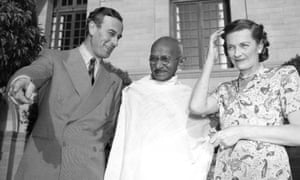 'Compassion and decency, as well as self-absorption and arrogance': Louis and Edwina Mountbatten with Mahatma Gandhi, 1947.
