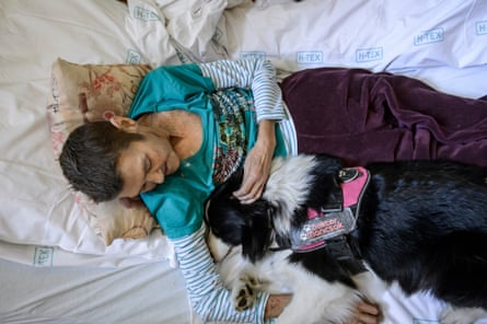 Dogs Have A Magic Effect How Pets Can Improve Our Mental Health Dogs The Guardian