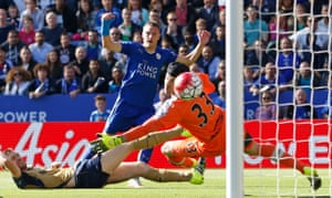 Jamie Vardy scores the first of the two goals he convereted against Arsenal on 26 September