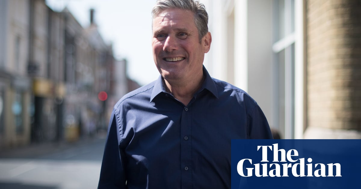 Keir Starmer tells PM to ditch yacht and tackle antisocial behaviour