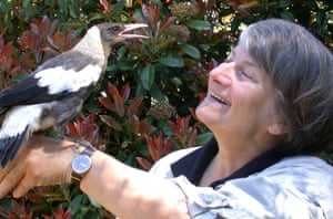 Gisela Kaplan and a magpie