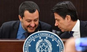 Interior minister Matteo Salvini (L) and Italian Prime Minister Giuseppe Conte.