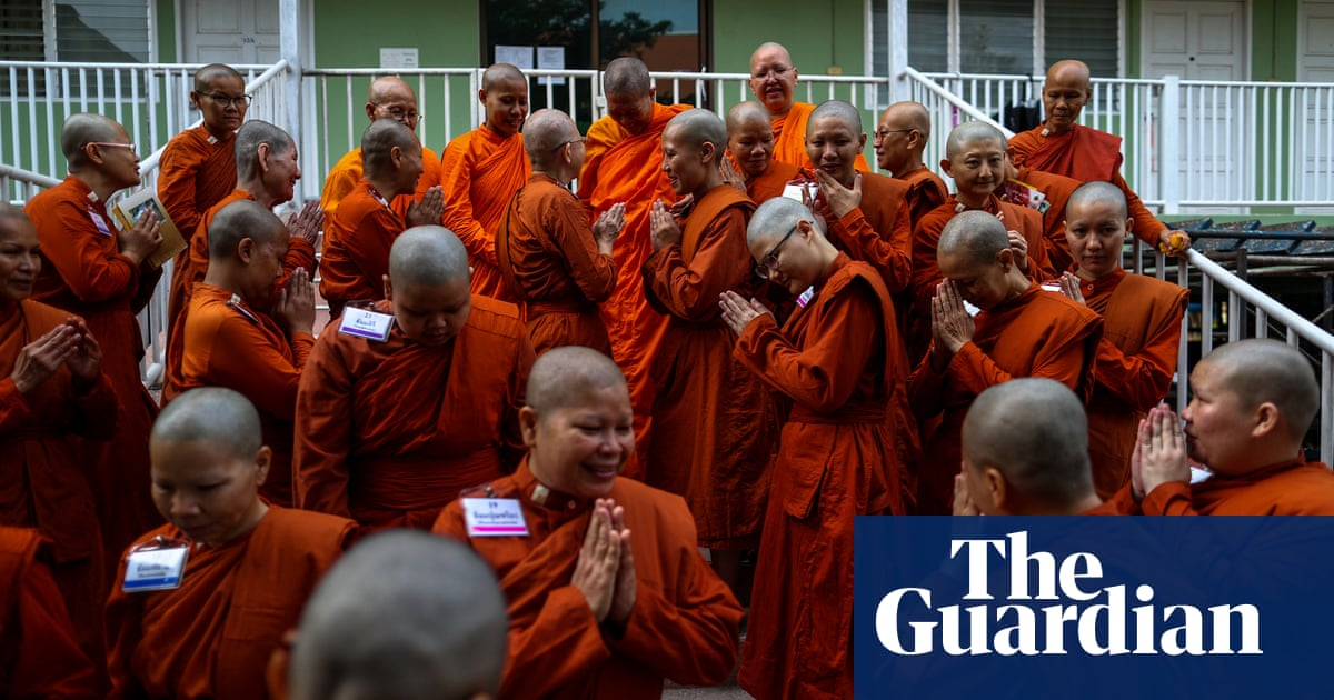 Thailand's rebel female Buddhist monks - in pictures ...
