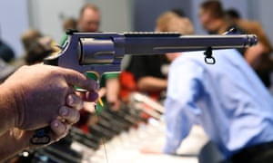 Smith & Wesson shares