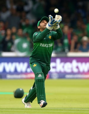 Sarfaraz catches out Du Plessis.
