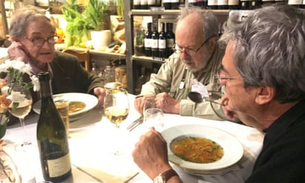 Roger Penrose, Ezra T. Newman and Carlo Rovelli enjoy lunch at a restaurant in November 2019.