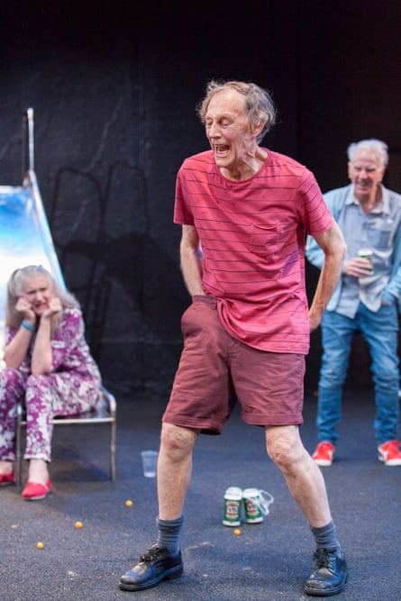 Maggie Dence (Sue), Barry Otto, (Ronny, performing his 'trick') and Peter Carroll (Tom) in Matthew Whittet's Seventeen.