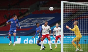 England's Mason Mount is unmarked and heads goalwards.