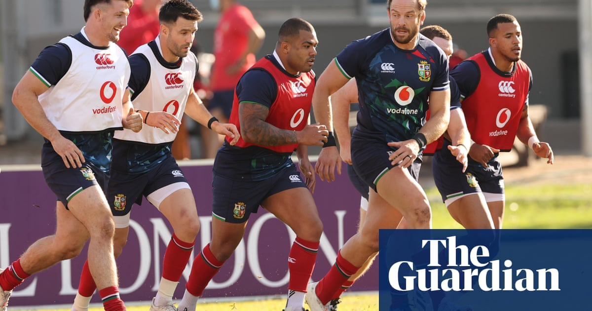Conor Murray and Mako Vunipola in British & Irish Lions side for second Test