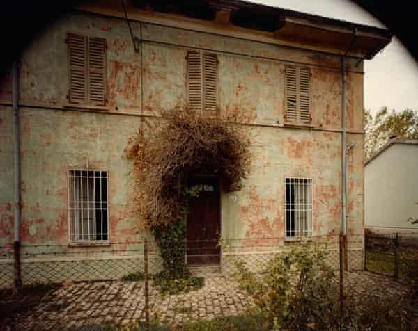 Tra Savignano e Forlì, 1983-1985, by Guido Guidi.