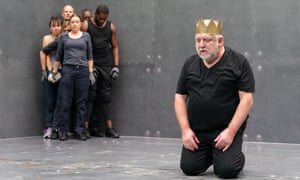 Pitiable figure … Simon Russell Beale in The Tragedy of King Richard the Second.