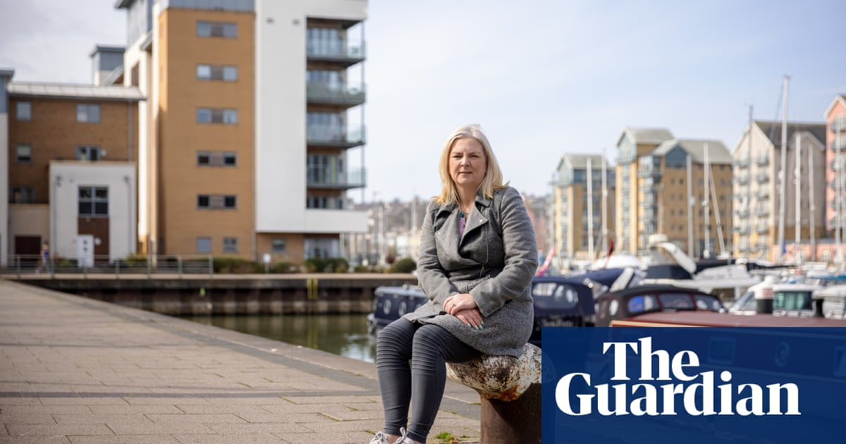 Lifelong Tory voters abandoning party over cladding crisis