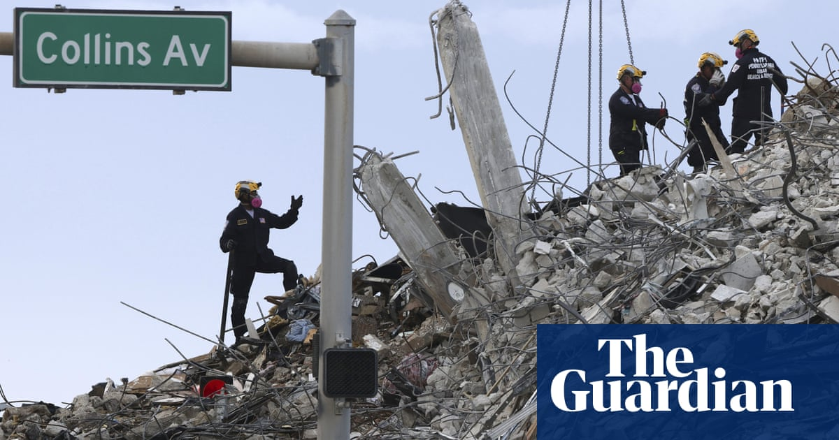 'Significant concerns' over Florida condo near collapsed Miami building
