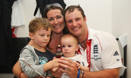 Andrew Strauss with Ruth, Sam (left) and Luca after day four of the Ashes Test in 2009.