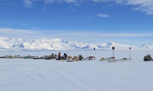 The field support team who will be setting up the camps on Thwaites Glacier