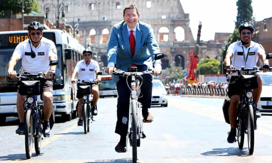 Former mayor Ignazio Marino promoting a bike scheme