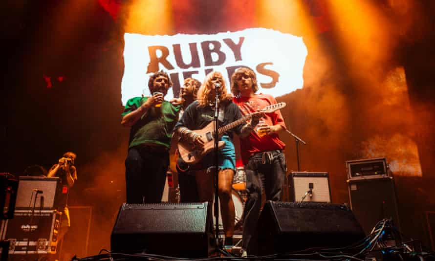 Ruby Fields play Greatest Southern Nights.