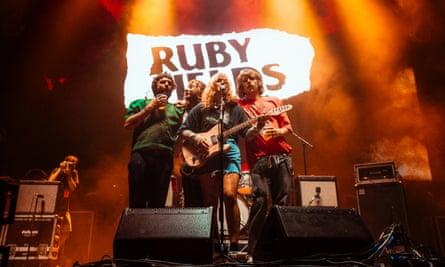 Ruby Fields بزرگترین شبهای جنوبی را بازی می کنند.