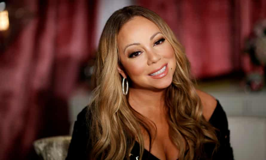 Not many stars would take this route in a memoir ... Mariah Carey, pictured in 2016.