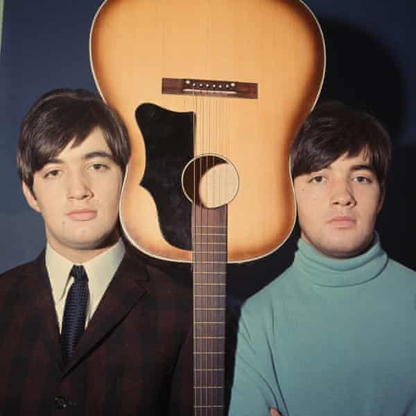 Barry Ryan, right, and his brother Paul in 1965.