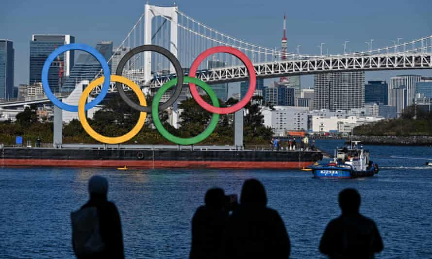 The Olympic rings are sseen at the waterfront in Tokyo.