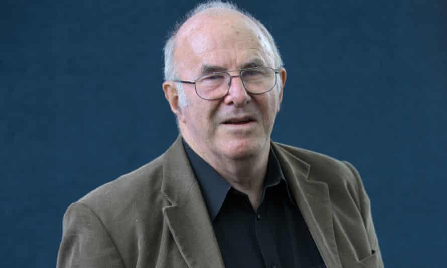 Clive James photographed at the 2007 Edinburgh International Book Festival.
