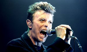 David Bowie performing in Vienna in 1996