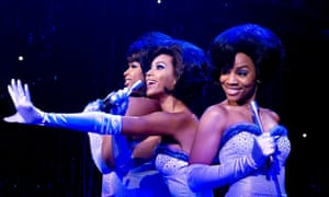 Beyoncé (centre) plays a Diana Ross figure in Dreamgirls.