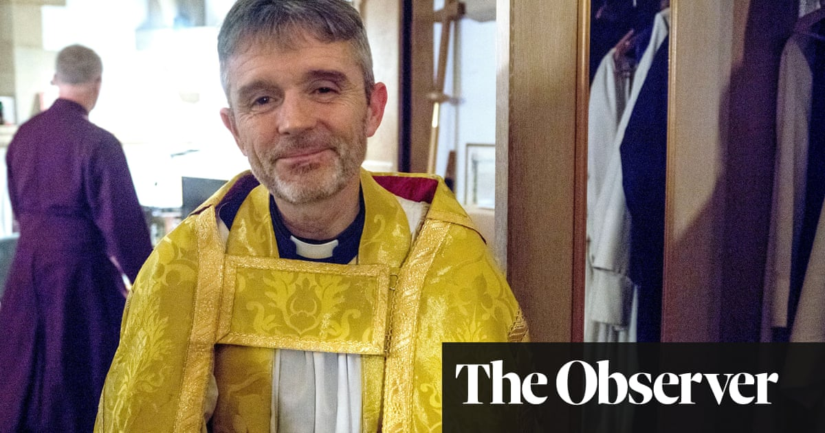 Oxford dean faces £500,000 secret tribunal in pay dispute