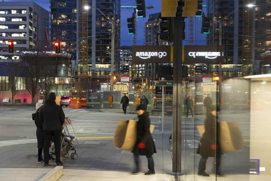 Amazon Go, which has been in beta mode since December. Customers simply take what they want and leave – tracking technology does the rest.