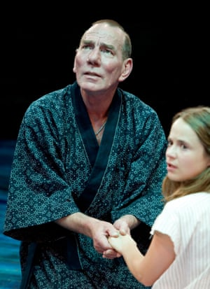 Pete Postlethwaite as Prospero in The Tempest, directed by Greg Hersov in 2007.