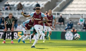 West Ham United's Jesse Lingard scores their second goal from the penalty spot.