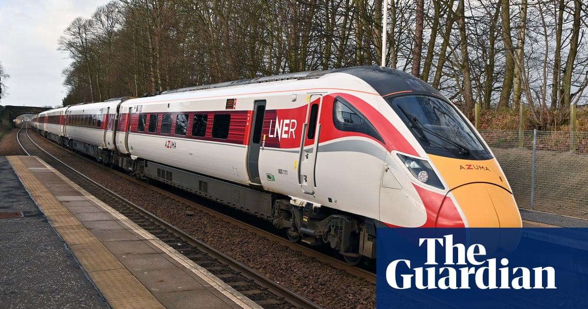 UK high-speed trains cancelled after cracks found in carriages