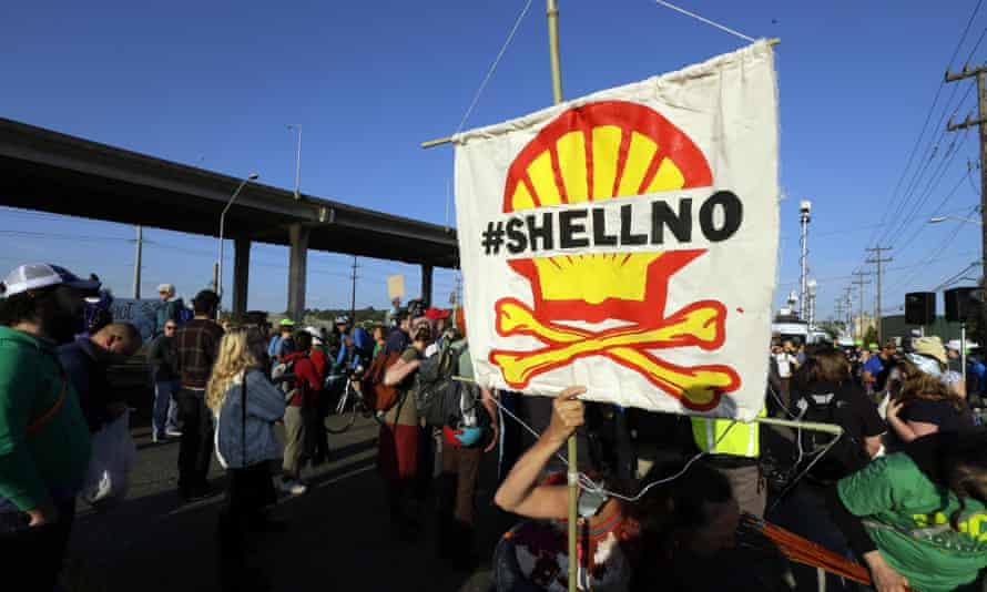 Protesters have been demonstrating in Seattle against Shell's plans to resume oil exploration in the Arctic.