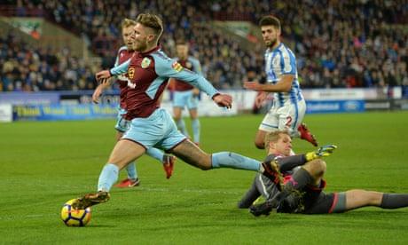 Jeff Hendrick denied penalty for Burnley in Huddersfield stalemate