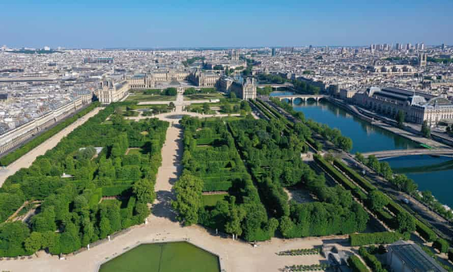 An aerial view of central Paris during lockdown