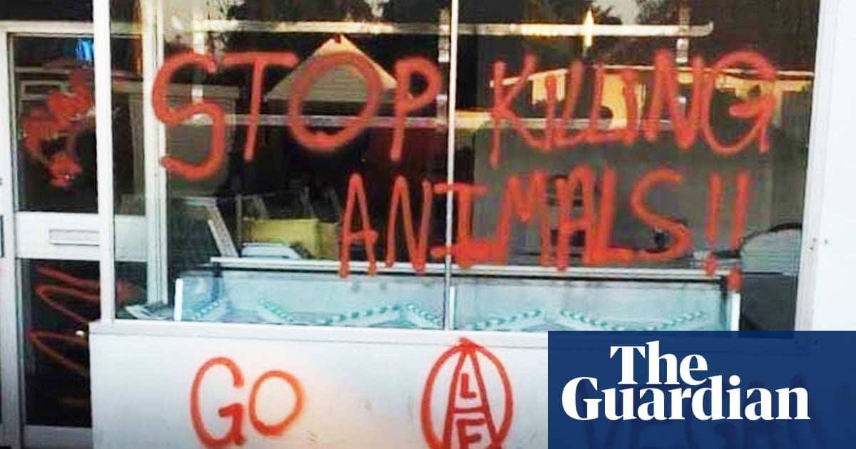 French anti-meat activists sentenced for vandalising shops