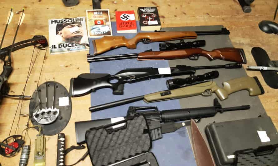 Weapons seized by Italian police