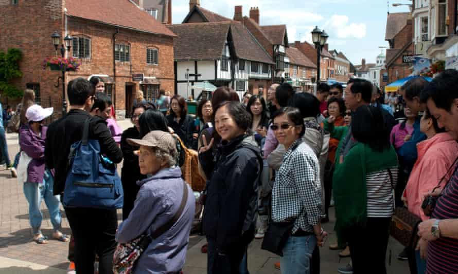 Chinese tourists visit Stratford-upon-Avon.
