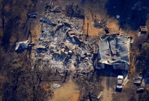 Aerial view of the burnt ruins of a house in the town of Marysville, north of Melbourne, 12 February 2009