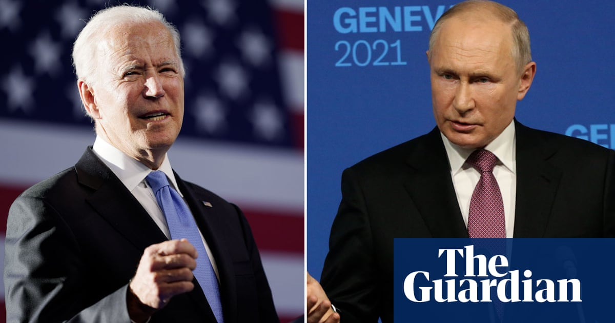 Biden rejects Putin's 'ridiculous comparison' between Capitol rioters and Alexei Navalny – video
