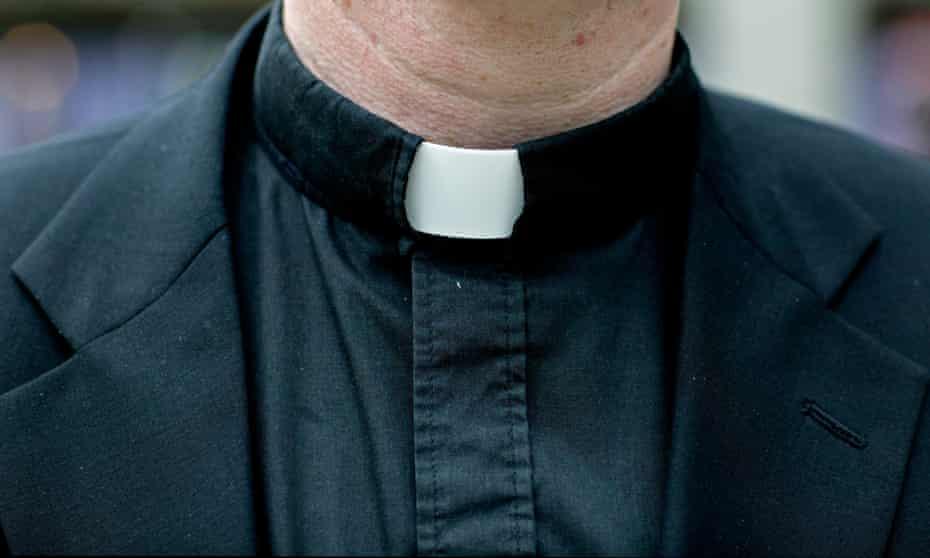 A vicar's dog collar.
