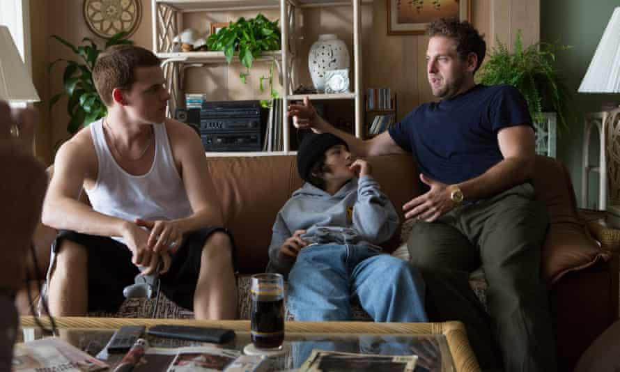 Mid 90s writer-director Jonah Hill on the set of his film, with actors Lucas Hedges (left) and Sunny Suljic (center).