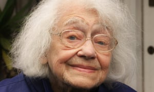 In 1939 Alice Sluckin fled the Nazis in Czechoslovakia and settled in Britain, which became her home. Her experience of being a refugee taught her the importance of looking forward and not back