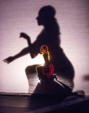 Dana Fouras in <<both, and>> by Russell Maliphant Company.