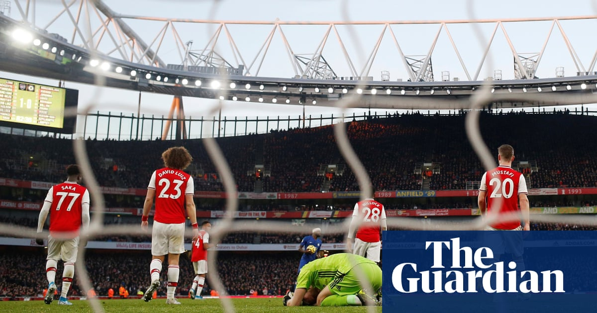 Mikel Arteta wary of United threat to Arsenal's weak defensive foundations