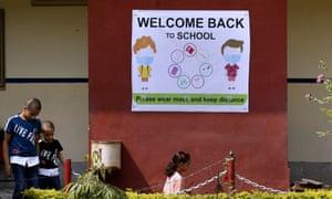Children return to school in Islamabad, Pakistan, 14 September 2020.