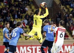 Hugo Lloris claims the ball.